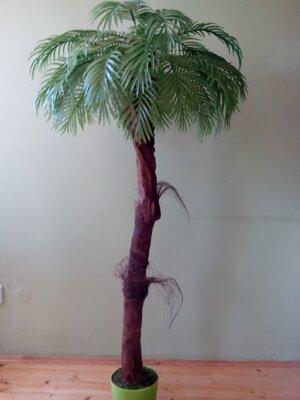 Umela palma